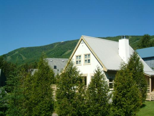 chalet louer rgion de qubec la maison jumelle d en haut jusqu 16 personnes
