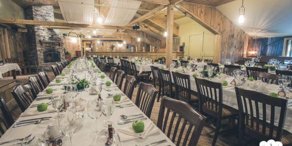 Salle de réception pour des événements privés - Au Chalet en Bois Rond