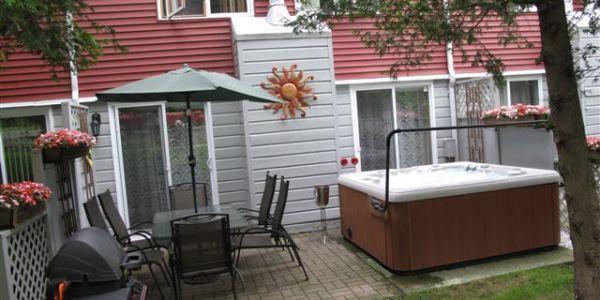 Après votre journée d'activités, se détendre sur votre terrasse privée