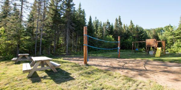 Terrain de volleyball privé - Chalet Carcajou