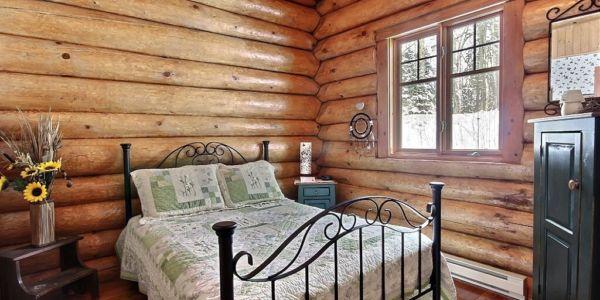 Chambre avec lit Queen - Chalet Sitelle