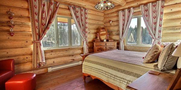 Chambre avec lit Queen - Chalet Marmottes