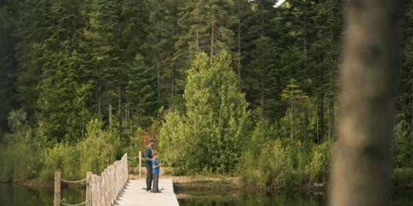 Pêche dans notre lac ensemmencé - Chalet Wapitik