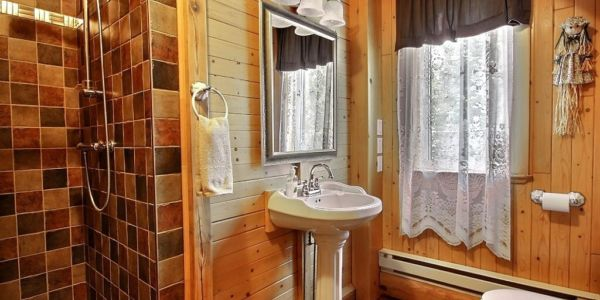 Salle de bain - Chalet Balbuzard
