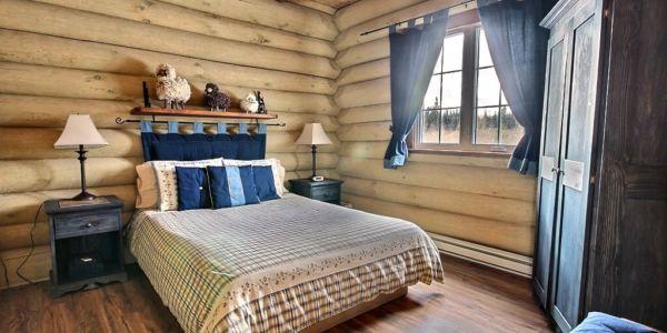 Chambre avec lit Queen - Chalet Triskel