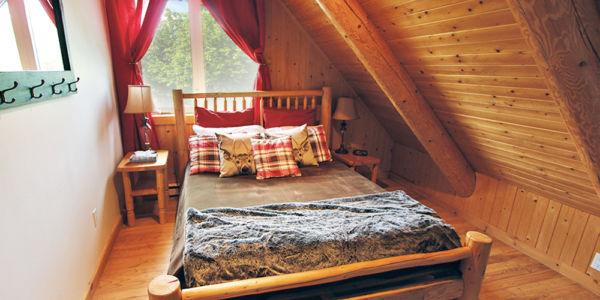 Chambre avec lit Queen - Chalet Orignal