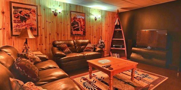 Salon au sous-sol - Chalet Natif