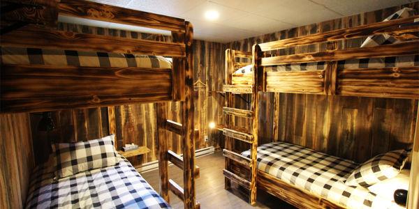 Chambre avec quatre lits simples - Chalet Légende