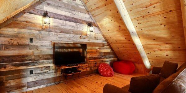 Petit salon à la deuxième mezzanine - Chalet Légende