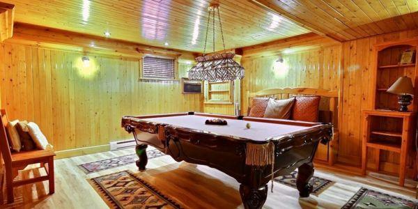 Table de billard au sous-sol - Chalet Grand-Duc