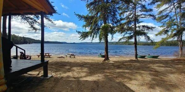 Chalet à louer en bois rond Saguenay-Lac-Saint-Jean