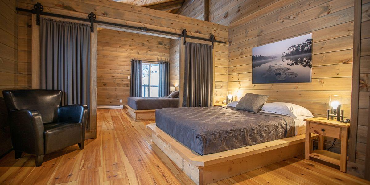 Chambre #5 (1 lit double 2 lits superposés
